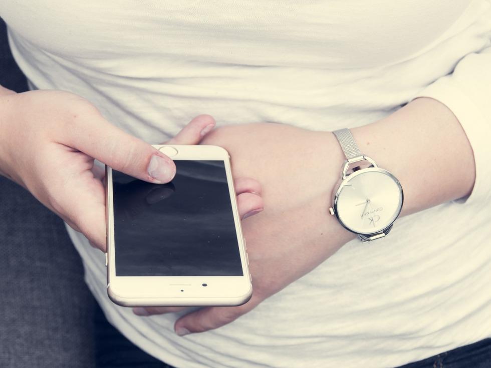 iphone-1032778_1280